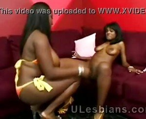 2 Big boobed black friends wanna be more thatd-black-babe-fucked-by-a-chick-HI-1