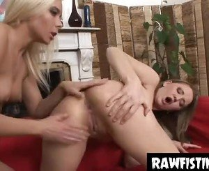 intense ass and pussy fisting babes