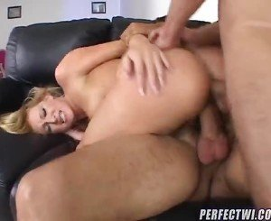 Lesbie Fucking Sex Vids From DVD Box
