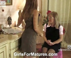 Silvia And Alice Lesbo Mother Inside Movement