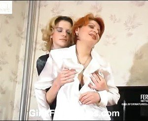 ChrisTina And Ninette Pussytake Up Around The Tongueing Mom On Vid Activity