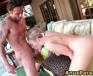 Big White Ass Gets Her Pussy Ate Out